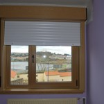 Ventana PVC en color roble claro